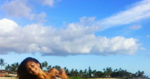 Nicole Scherzinger si užívá na Havaji