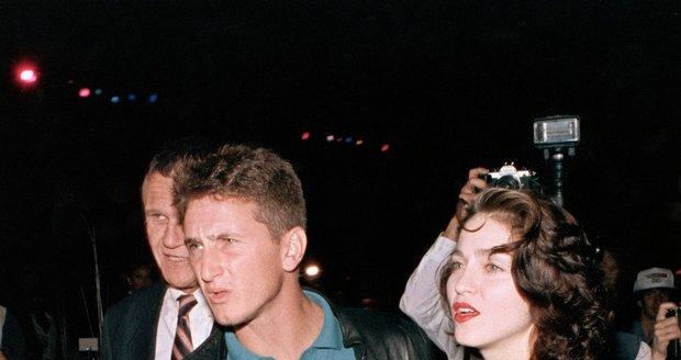 Sean Penn a Madonna v roce 1988.