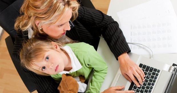 Práce i péče o batole se dají skloubit snadněji, než si myslíte