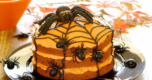Se strašidelným pavoučím dortem bude vaše halloweenská párty nejlepší široko daleko.