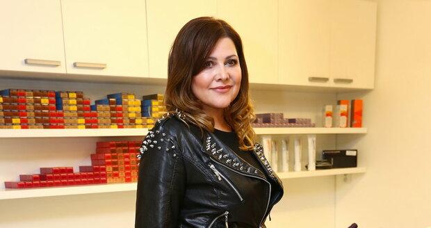 Ilona Csáková je jako proutek. Drží dietu bohatou na bílkoviny a pravidelně cvičí.