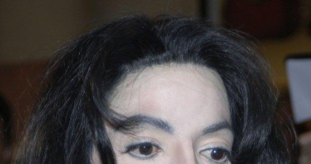 Michael Jackson zemřel v roce 2009 na předávkování anestetiky