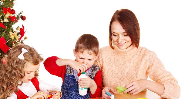 Vyrobte si s dětmi krásné a jedinečné ozdoby.