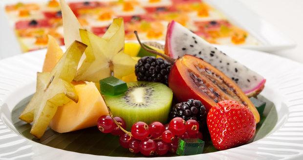 Možná vás láká neznámé exotické ovoce, ale nevíte, jak se vyznat v nabídce všech těch podivných druhů.