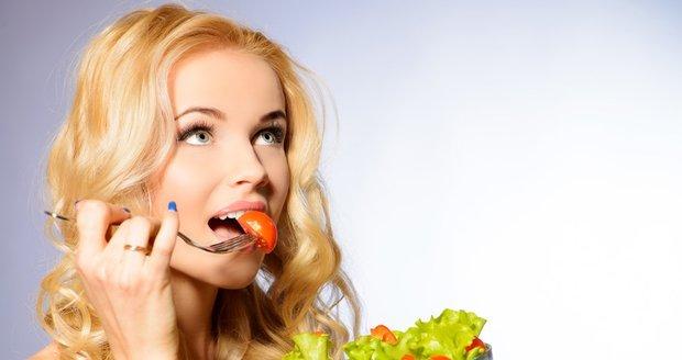 Trápí vás nadbytečné kilogramy a tuk na břiše? Vrhněte se na DASH dietu!