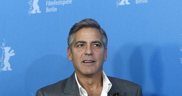 George Clooney se na německý festival vyfešákoval.