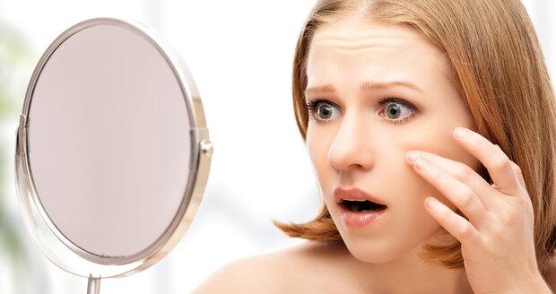 Pohled do zrcadla vám může pomoci odhalit, co se děje uvnitř vašeho těla. Naučte se dekódovat, co o vás váš obličej prozrazuje.