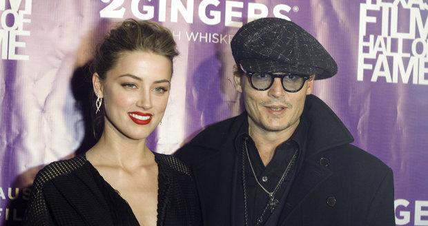 Johnny Depp se s Amber Heard seznámil v roce 2011.