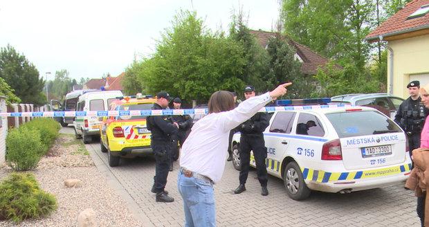 Macura sprostě nadával i policistům.