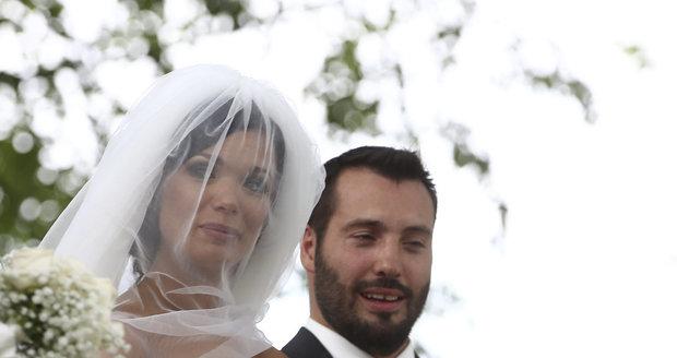 Gábina Dvořáková a Vašek Noid Bárta se brali tajně.