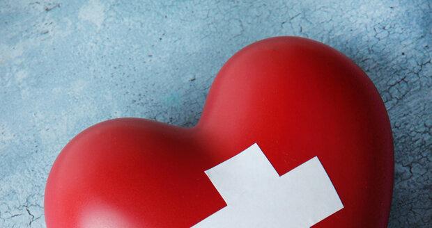 Stres a strach  mohou vyvolat  příznaky, které se podobají  infarktu.