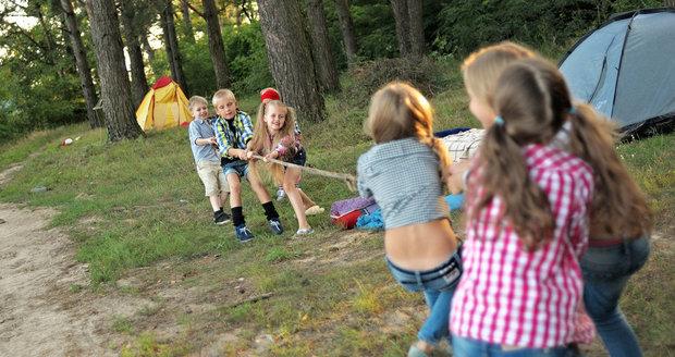 Klub Harfica pořádá letní tábor pro děti ze socioekonomicky slabších rodin. (ilustrační foto)