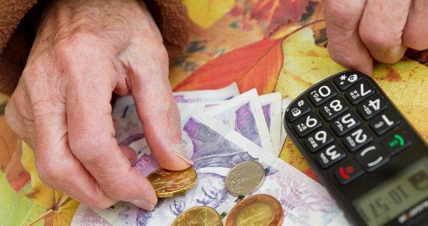 Důchody čeká změna: Polepší si lidé nad 85 let, matky a vdovci mají smůlu