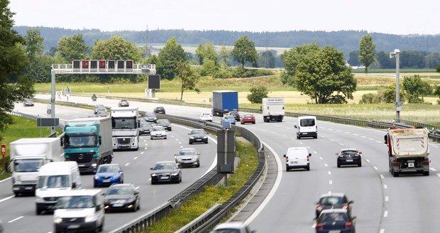 Německé dálnice budou pro každého jinak drahé. Kolik zaplatíte vy?