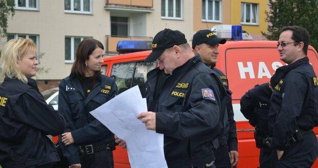 Pátrání po Elišce (9): Do akce se pustilo 140 policistů, strážníků a hasičů