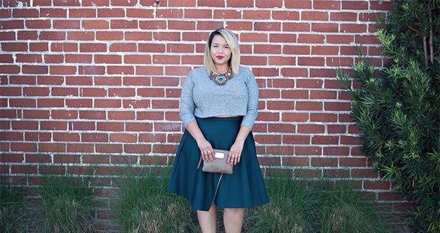 Mnoho žen s kyprými tvary dělají zásadní módní chyby, které jim přidávají kila.