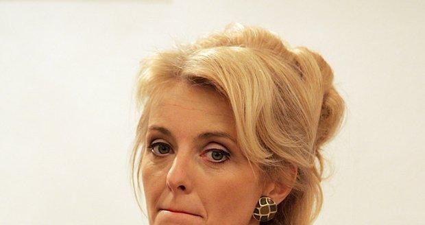Veroni Žilková je velmi smutná z toho, že ji skoro všechny děti opustily.