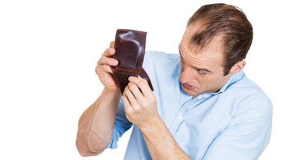 Bývalý manžel tají příjmy, aby nemusel platit alimenty