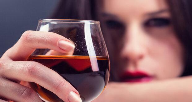 Trochou alkoholu si můžete zvednout příliš nízký krevní tlak.