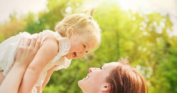 Petřina dcera se nikdy nedozví, kdo je jejím skutečným otcem, slibuje žena