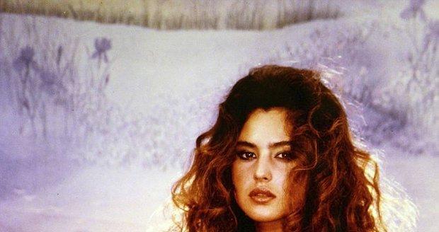 Důkaz, že už jako puberťačka byla Monica doslova k nakousnutí.
