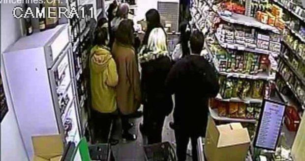 Fotky zžidovského obchodu smrti: Tady postřílel terorista čtyři lidi!