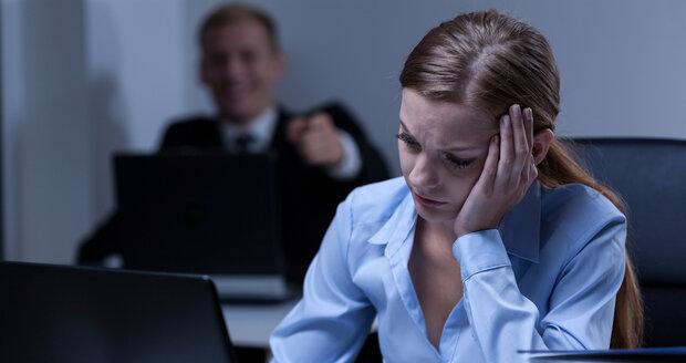 Útlak ze strany zaměstnavatele: Jak se bránit a nepřijít o místo?