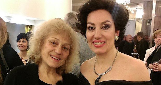 Soňa Valentová se svou mladší dcerou Katarínou Hasprovou