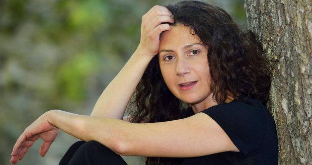 Herečka Martha Issová