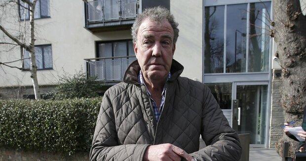 Jeremy Clarkson byl z pořadu odvolán poté, co napadl asistenta produkce.