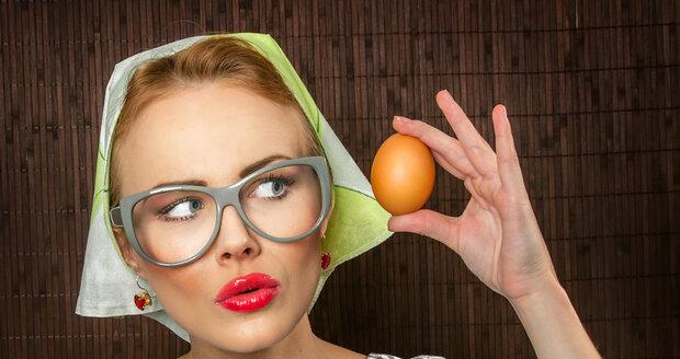 Uvařit vajíčka nemusí být tak jednoduché, jak se zdá. Věděli jste, že je můžete i převařit tak, že nejsou dobrá?