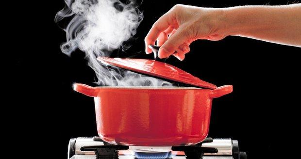 Stane se vám občas, že jídlo přesolíte, připálíte nebo srazíte omáčku? Nezoufejte!
