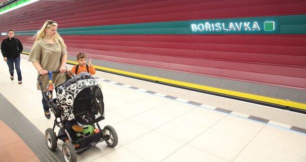Metro na Bořislavce nezastavuje.