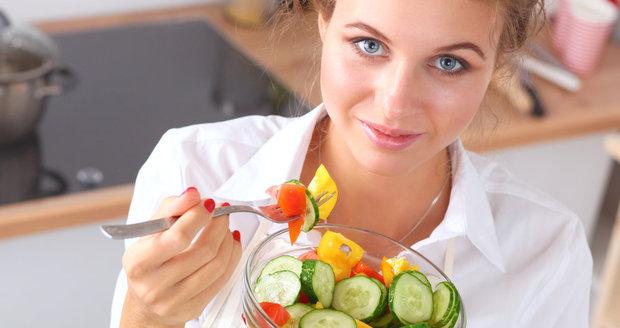 Myslíte si, že jediné správné jídlo je zeleninový salát?