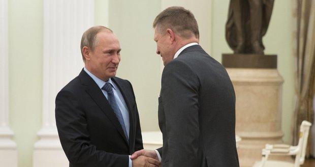 Fico míří za Putinem. Rád by Rusku zrušil sankce za Krym