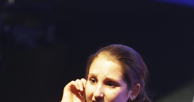 Natálka vystupovala na charitativním koncertě Kapky naděje.