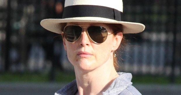 Julianne Moore vyrazila do ulic New Yorku.