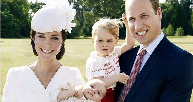 První oficiální fotografie královské rodiny po narození malé princezny