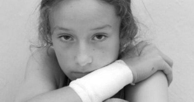 Hrůzná česká bilance 2015: 6 utýraných dětí, 37 těhotných zneužitých holčiček