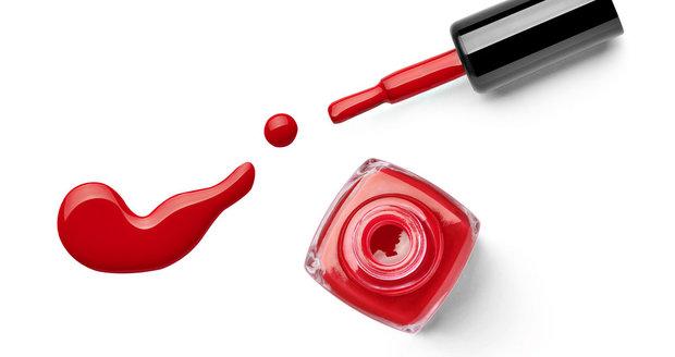 Určitě vás překvapí, k čemu všemu lze lak na nehty použít!