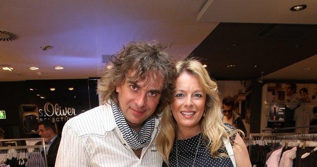 Lucie Benešová s manželem Tomášem Matonohou.