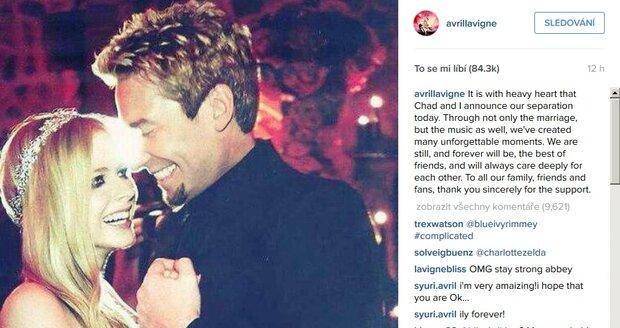 Avril Lavigne oznámila rozchod s frontmanem Nickelbacku na Instagramu.