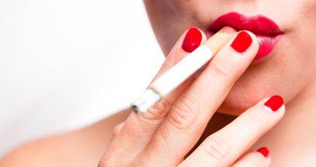 Přestáváte kouřit a bojíte se ztloustnutí? Snižte si denní příjem o 800 kJ.
