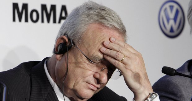 Škodovka přišla o superšéfa, lži o emisích stáhly ke dnu ředitele Volkswagenu