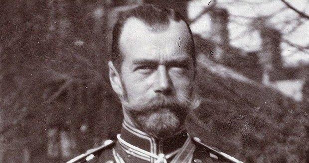 Téměř 100 let po vyvraždění rodiny Romanovců: Tělo posledního cara exhumováno