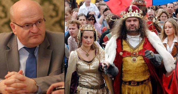 Nákladné oslavy největšího Čecha se blíží. Bude i raut pro poslance za milion?
