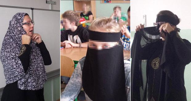 """Učitelka z Trutnova přišla zahalená """"po muslimsku"""". Sedmákům vysvětlovala islám"""
