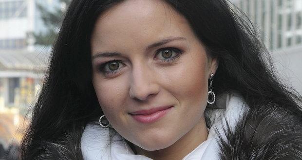 Aneta Savarová má nového bohatého milence.