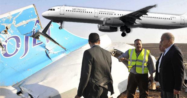 """Smrt lidí v Airbusu """"způsobilo něco zvenčí"""", tvrdí ruské aerolinky"""