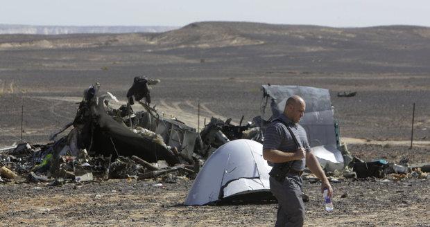 Egyptem zmítají teroristické útoky. Říjen 2015: Bombový atentát na ruský Airbus A321 (224 obětí).